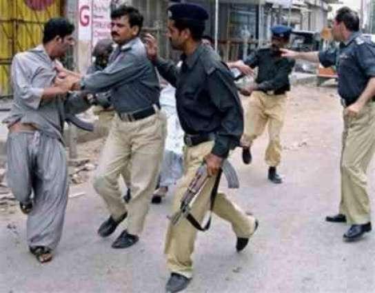 خان پور،پولیس 15 تے ڈکیتی دی کوڑی اطلاع ڈیونڑ آلے ملزم کوں گرفتار کرگھدا