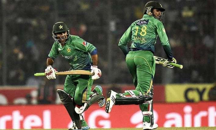 Pak bowling team leaving for USA