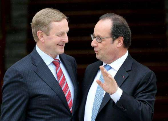Hollande urges Brexit talks 'as soon as possible'