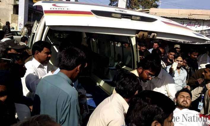 Seven injured in a clash between PPP, PML-N