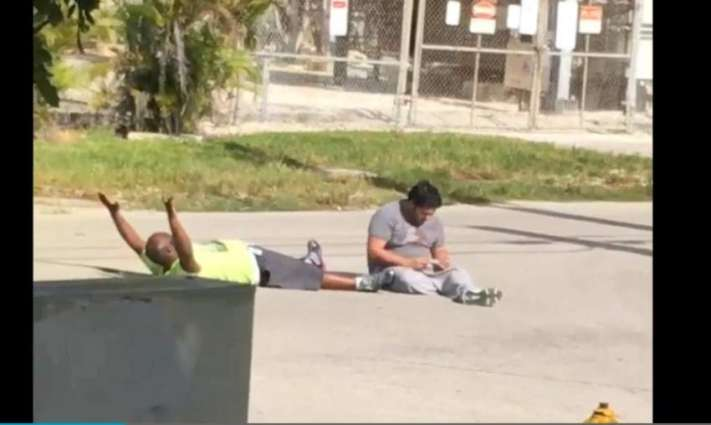 Police in Florida shoot black man lying on ground