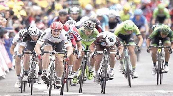 برطانوی کرسٹوفر فروم ٹور ڈی فرانس سائیکل ریس دا 18 واں مرحلہ جت گھدا