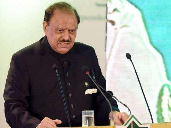 الرئيس الباكستاني يعزي في وفاة السياسي المحنك معراج محمد خان