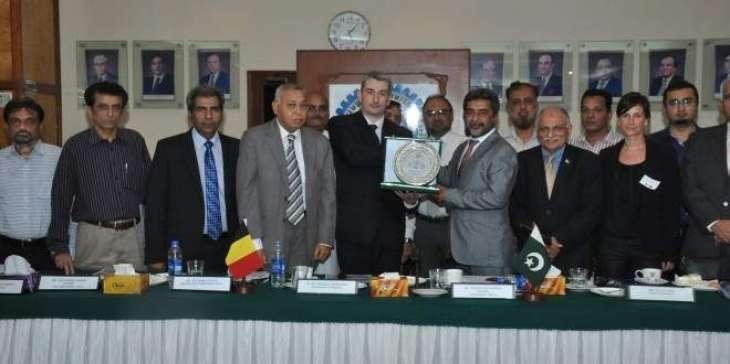 Pak Envoy for `Trade Plan' to improve Pak-Dutch trade, investment ties