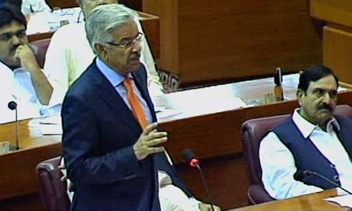 Govt taking measures to resolve problems of businessmen: Khawaja Asif