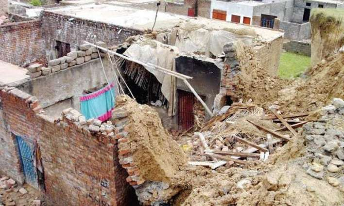 Minor girl killed in roof collapse incident