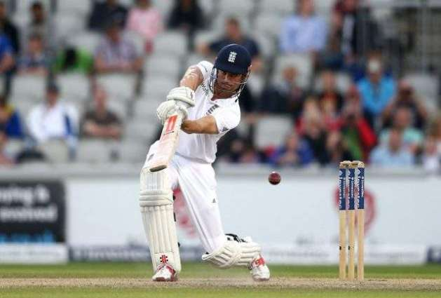 Cricket: Pakistan set 565 to win 2nd Test against England