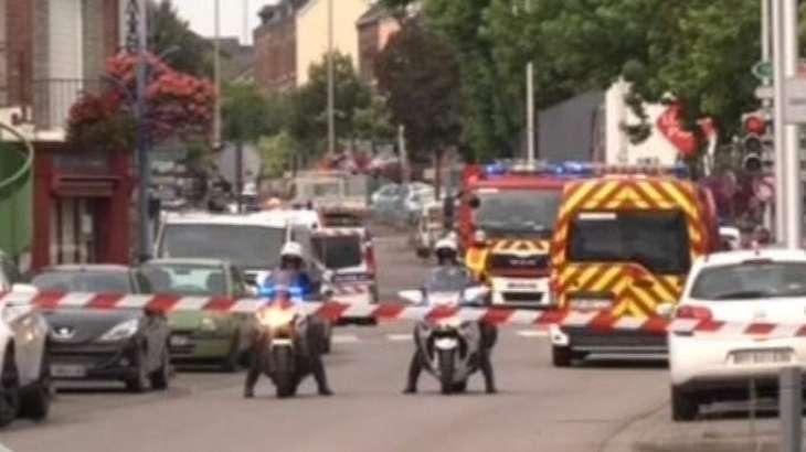 France: 2 armed men were shot dead by police