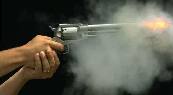 ڈیرہ مراد جمالی نا معلوم افراد نے فائرنگ کر کے اک بندے نوں قتل کر دتا