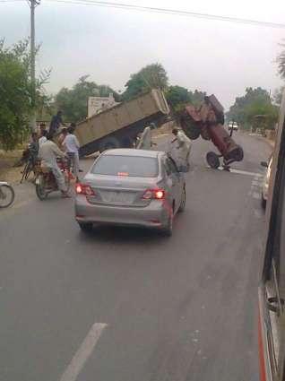 ٹریکٹر ٹرالی دی زد اچ آ کراہیں موٹر سائیکل سوار36سالہ بندہ جاں بحق،ذال زخمی