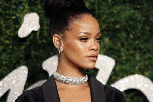 Metallica, Rihanna to headline anti-poverty concert