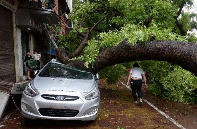 Northern Vietnam struck by powerful storm