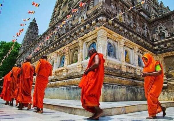 NA body visits Hindu temple