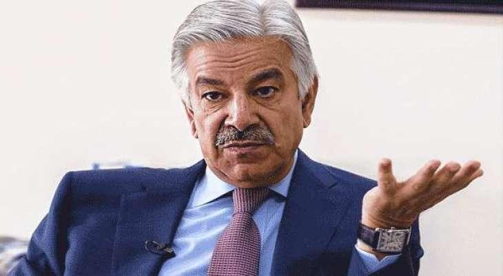 السفير الإيطالي لدى باكستان يلتقي وزير الدفاع الباكستاني