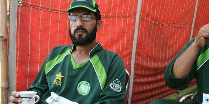 Razzaq to assist SL players