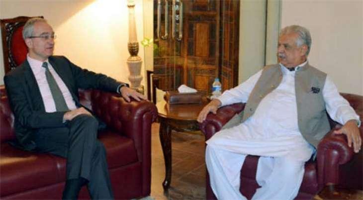 Spanish ambassador calls on KP Governor