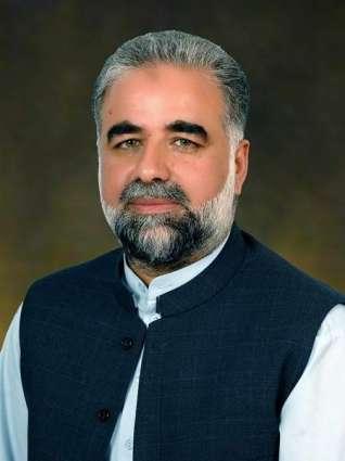 Abbassi congratulates Ghumal Qadir, Sardar Farooq