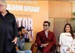 Famous Indian actor Om Puri visiting Pakistan