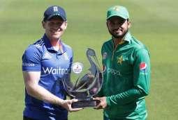 پاکستان و انگلینڈ نا کرکٹ ٹیم تا نیام اٹ ارٹ میکو ون ڈے (اینو) گوازی کننگک انگلینڈ ءِ پاکستان نابرخلاف سیریز اٹی 1-0 نا برتری دوئی