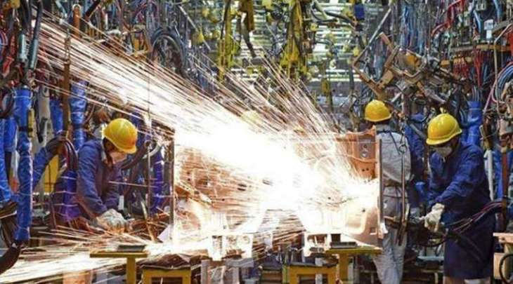 China manufacturing contracts in July: govt