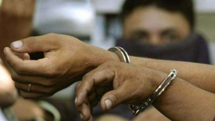 Four dacoits arrested; bike and weapons recovered