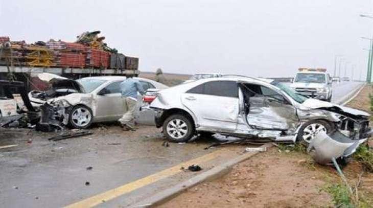 مقتل 13 وإصابة 36 شخصا في حادث سير عنيف بإقليم السند الباكستاني