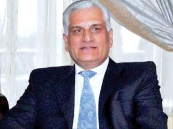 بنجاھی وزیر زاہد حامد ءَ گوں پاکستانءَ تعینات مراکش ءِ سفیر مصطفی صلاح الدین ءِ گندء ُ نند