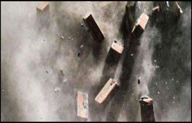 Roof collapse leaves five labourers injured