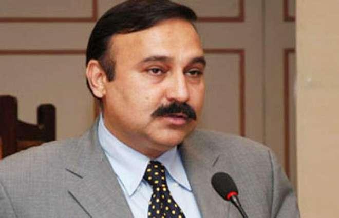 Law and order improved in Karachi : Dr Tariq