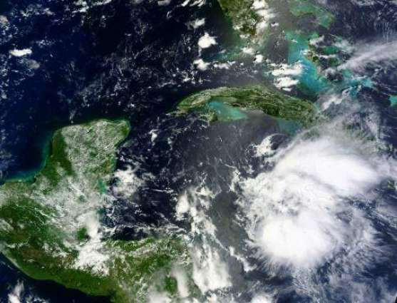 Earl becomes hurricane as it swirls towards Central America: US monitor