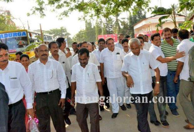 Minister inaugurated newly constructed streets