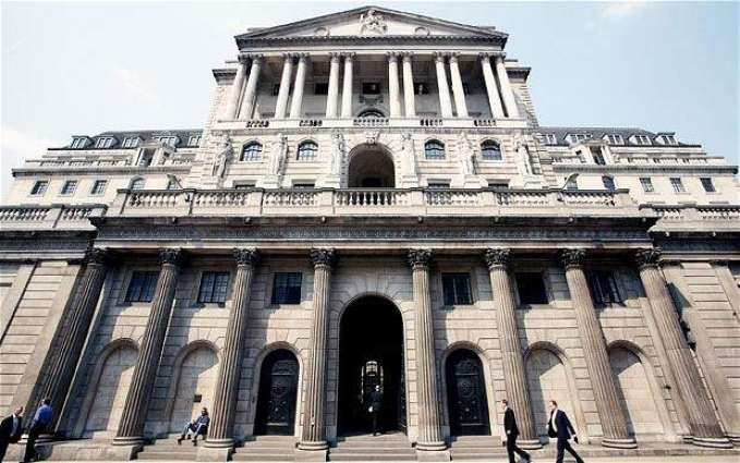 Bank of England cuts rates to record low on Brexit