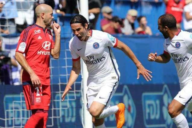 Football: PSG's Silva and Cavani miss French curtain raiser
