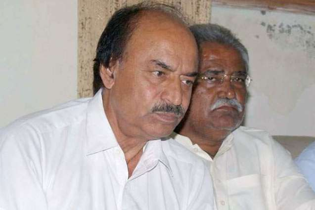 Khuhro seeks details of free distribution of wheat in Thar