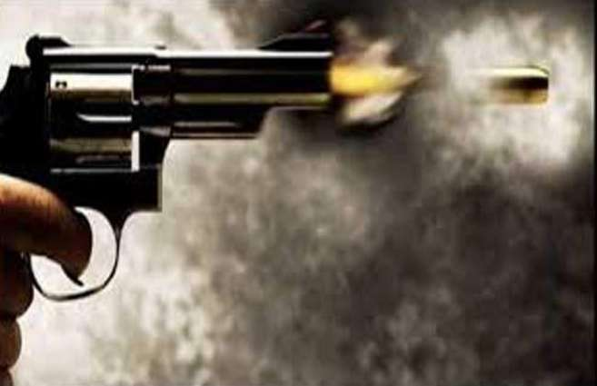 Father, two sons shot dead over old enmity