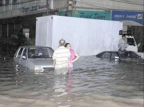 Heavy rains flooded Karachi and Hyderabad