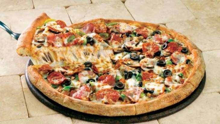 Enterprising Uruguayan inmates make bricks, pizzas