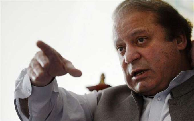 PM visits Quetta to see patients in hospital
