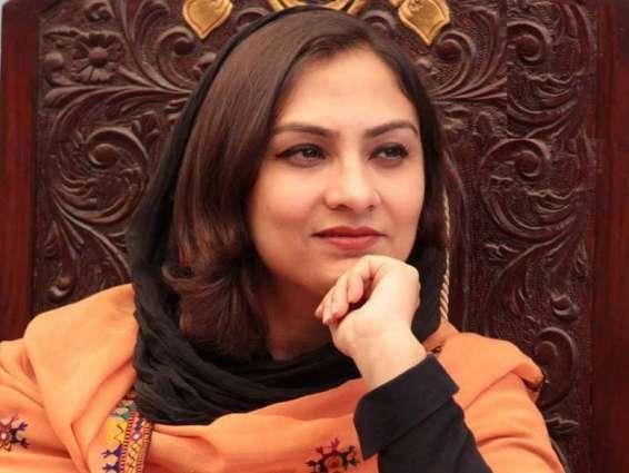 Marvi Memon inaugurates handicrafts exhibition