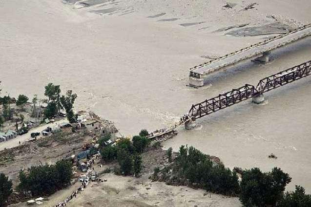 Indus, Chenab run in low flood