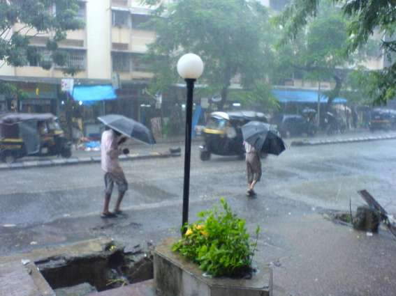 Partly cloudy with chances of light rain expected in city