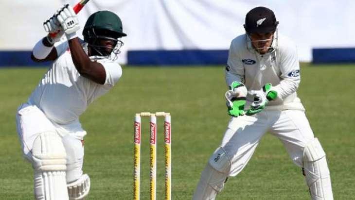 Cricket: Zimbabwe v New Zealand lunch scoreboard