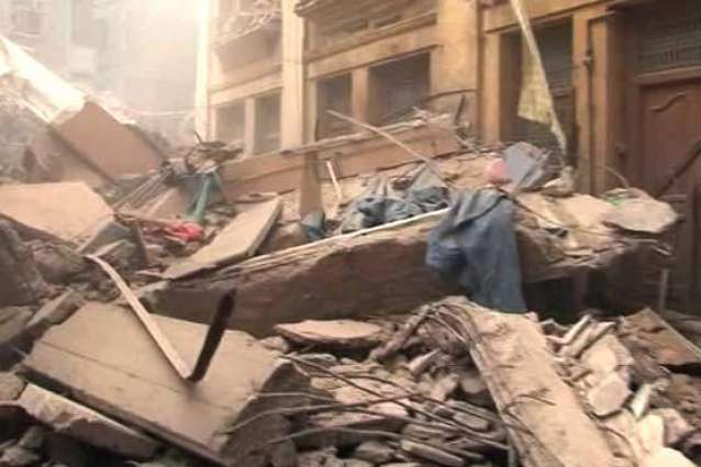 Residential building partially collapsed in North Karachi