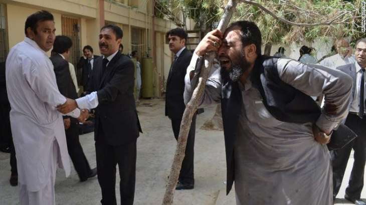 Lawyers continue mourning on deaths of colleagues in Quetta blast