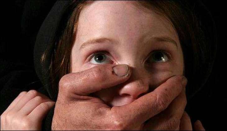 Peshawar: Gang of kidnappers has been arrested including LHVs