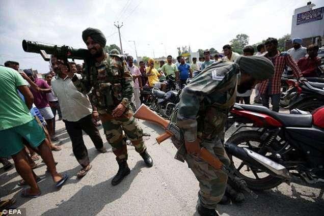 د هندي ځواكونو په تشدد كښې په ارهامه كښې 35 كسان ژوبل شوي٬ هندي عسكرو دجومات بې حرمتي هم كړې