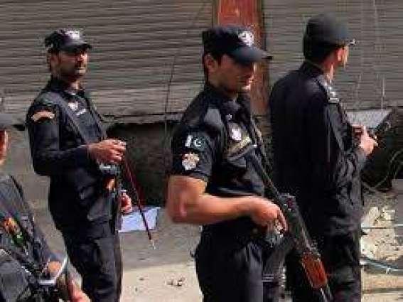 22 POs among 33 criminals held
