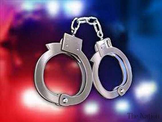 Police arrest two drug-smugglers