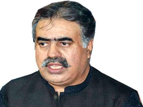 د بلوچستان اعلٰی وزير نواب ثناﺀ الله زهري د وفاقي وزير عبدالقادر بلوچ كور ته لاړ او د هغه تپوس پوښتنه ئې وكړه