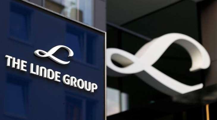 Gas groups Linde, Praxair discuss potential merger: source